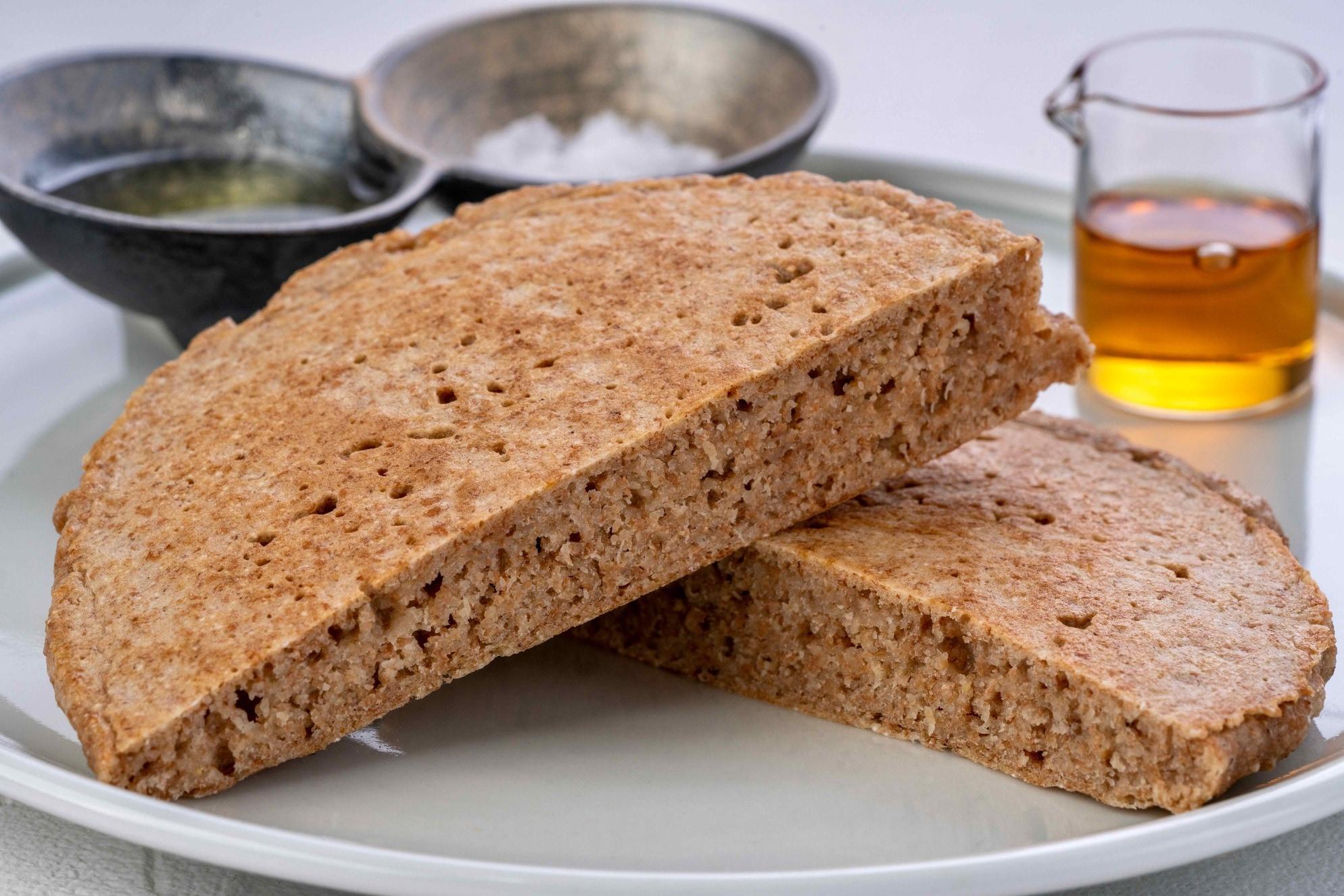 古代小麦のパンケーキミックスで作ったパンケーキのカットした断面