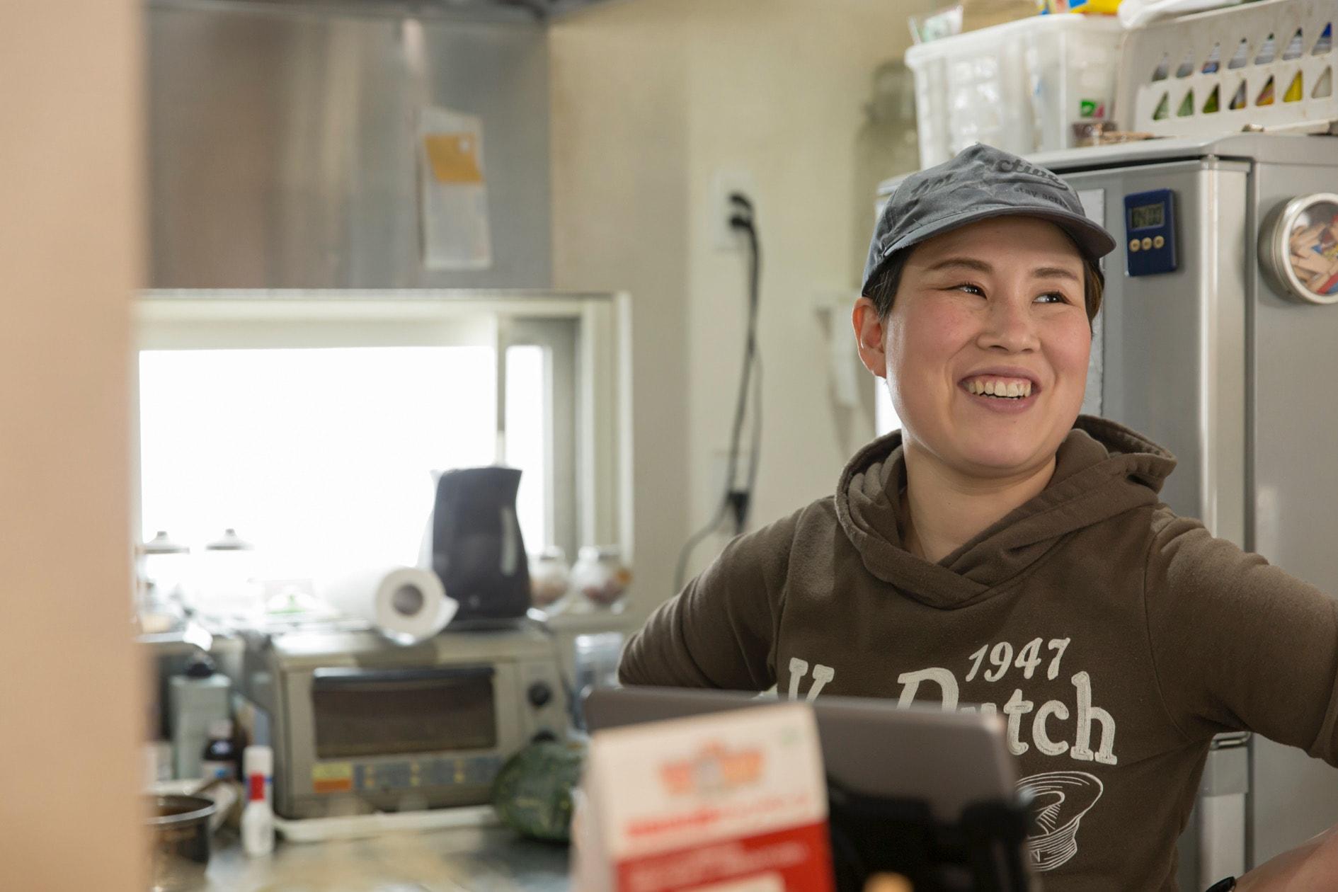 北海道札幌市にあるcafe SUVACO(スバコ),SUVACOオーナーシェフ・パティシエの野坂 実紀さん