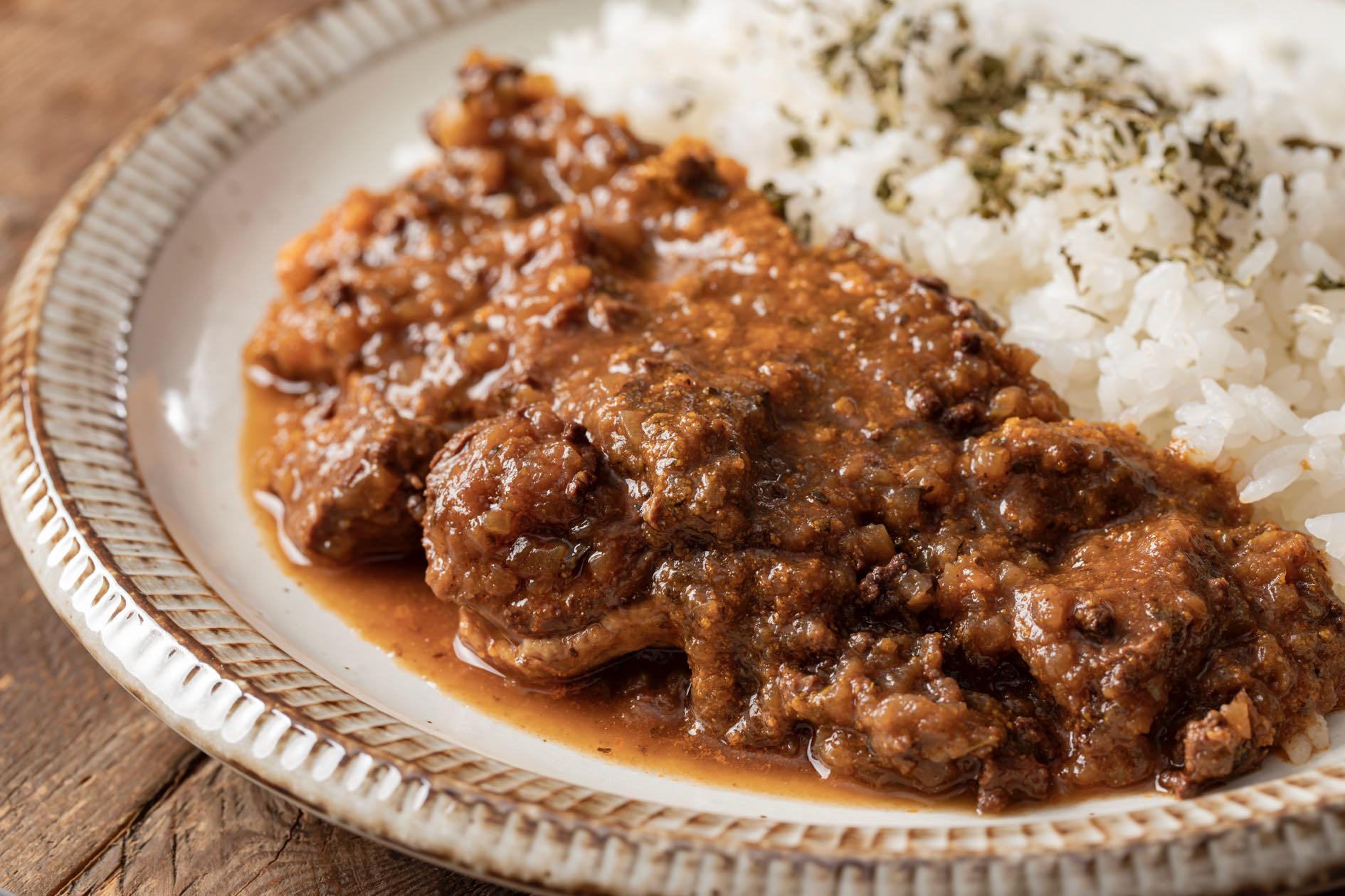 ラム肉を赤ワインで煮込んだ札幌路地裏スープカリィ侍のルーカレー,カレーライス