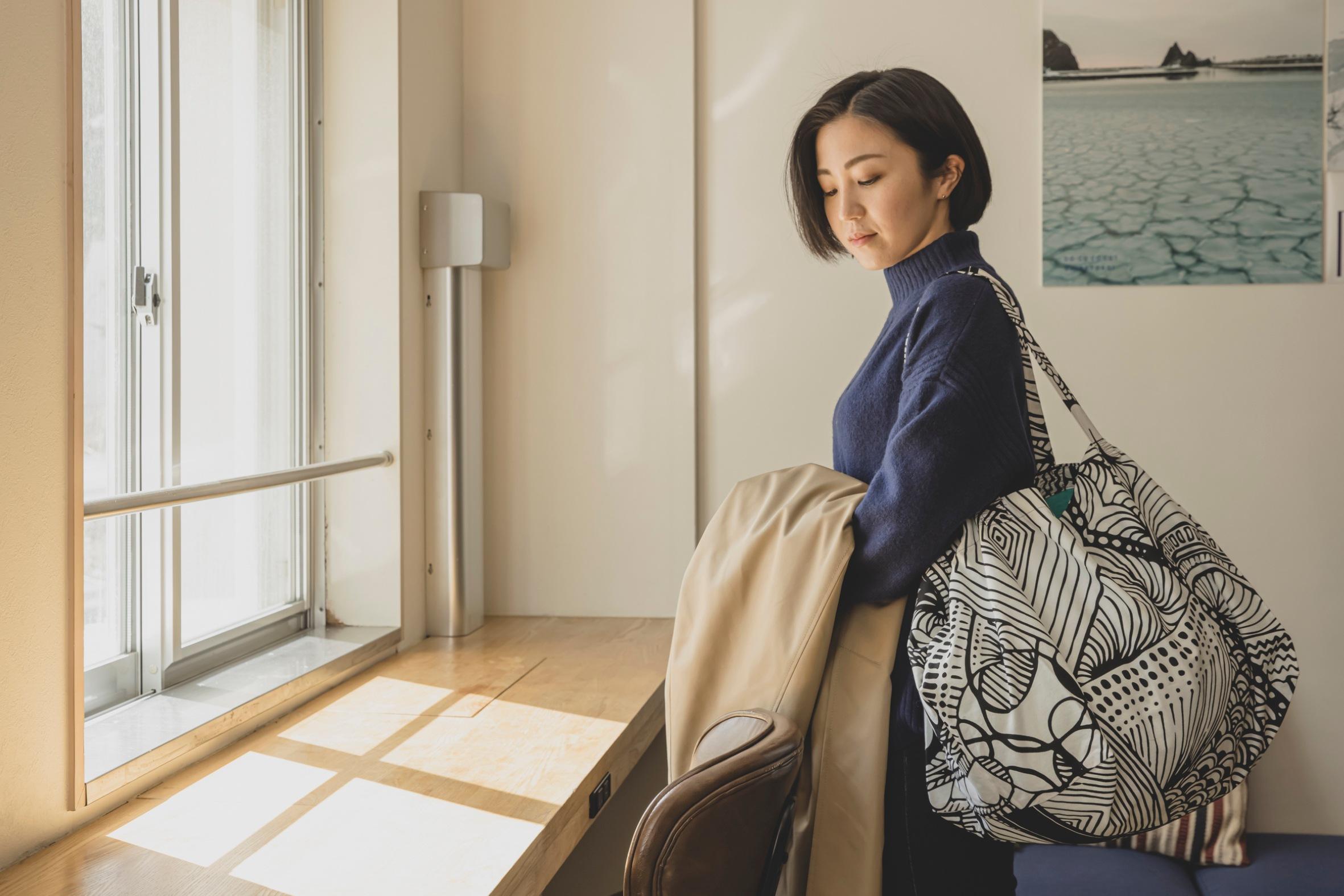 札幌市のプロダクトデザインブランドmonmecci(モンメッチ)の大きな幾何学模様バッグ,ハンドメイド,札幌スタイル認証製品