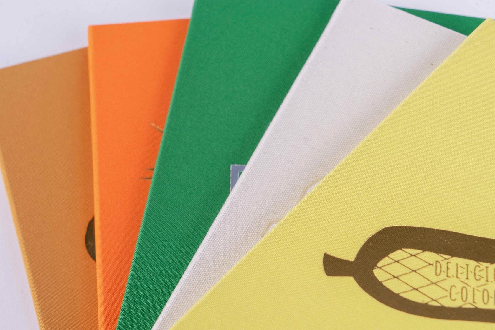 布貼りハードカバーの5種類のノート,booco DELICIOUS COLOR クロス仕上げ