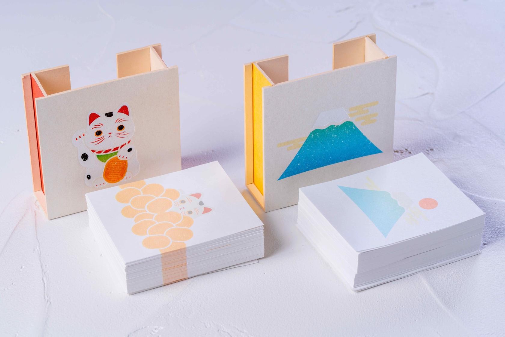 招き猫と富士山がデザインされたモリタの紙箱のメモパッド