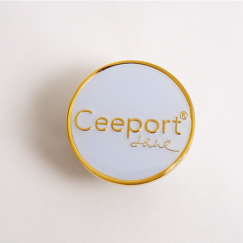 Ceeportピンバッヂ・ホワイト
