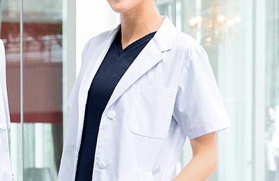 診察衣/女子半袖の商品一覧