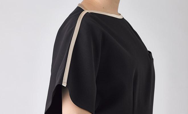 首元、肩口のラインデザイン
