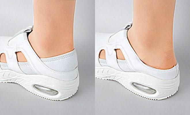 脱ぎ履きが多い時はサボタイプとしても使用できる2WAYタイプ。