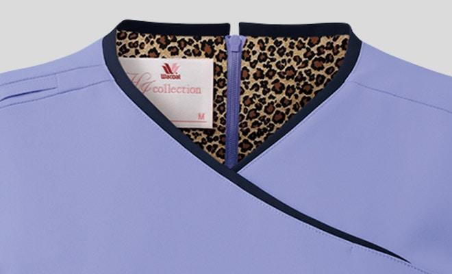 背面の裏地にヒョウ柄の生地を使用。襟元から女性らしさが見え隠れする、おしゃれなデザイン。