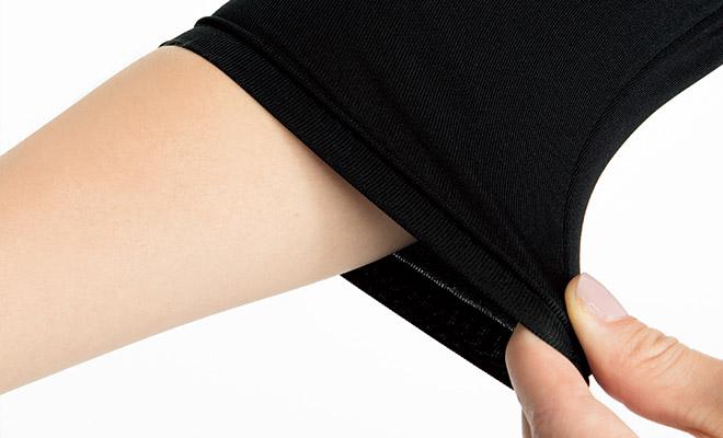 腕まくりしてもずり落ちにくい。袖口のたるみもおこりにくいフィット感。