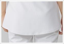 ふわりと女性らしい裾を作り出す、ウエストの切り替え