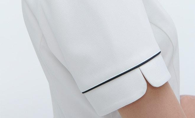 袖にもデザイン性を持たせています