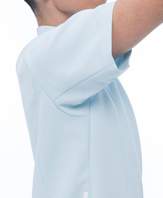 エアアームカット機能を搭載しているため肩回りの動きに対するストレスを大幅に軽減します。