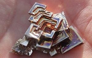 ビスマス結晶制作の作品