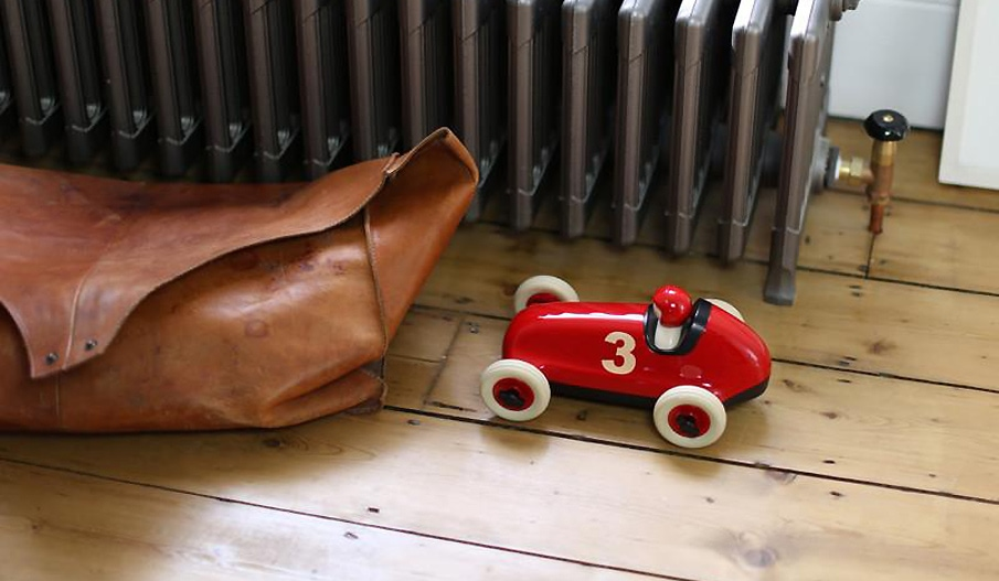 Playforever CLASSIC Bruno Racing Car