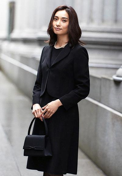 ブラックフォーマル ワンピーススーツ
