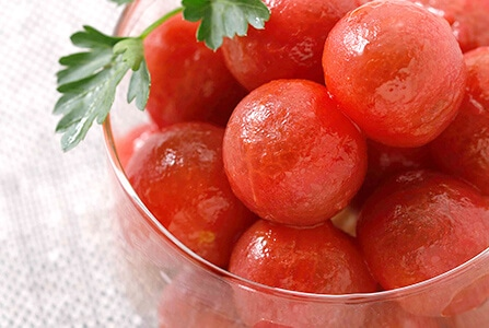アルカリ成分が、エンリッチトマトの美味しさの秘訣です