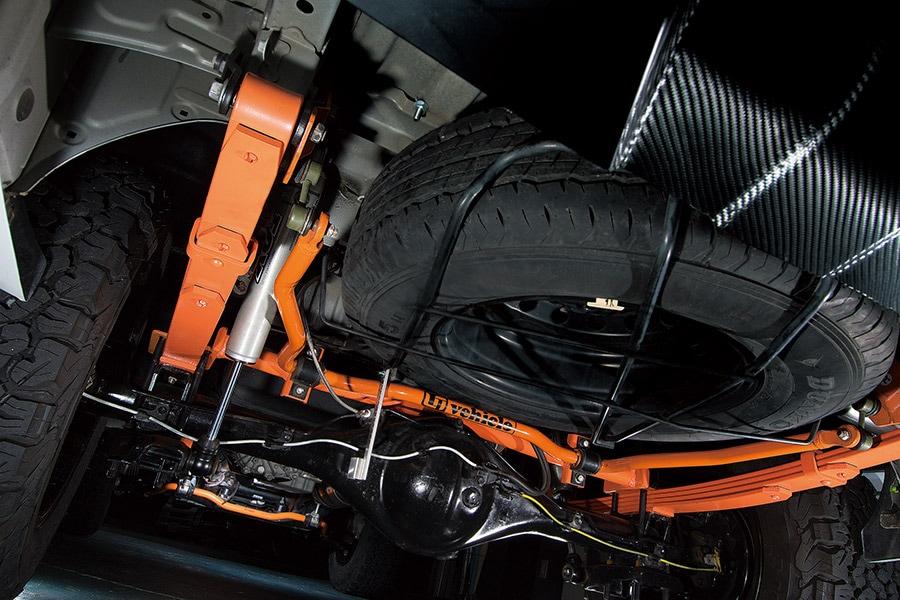 ハイエース200系 TREKACE(トレックエース)6インチリフトアップキット ユーアイビークル UIvehicle