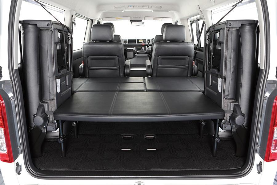 ユーアイビークル/UIvehicle ハイエース/HIACE コンプリートカー:ワゴン GL RX パッケージ フロアマット