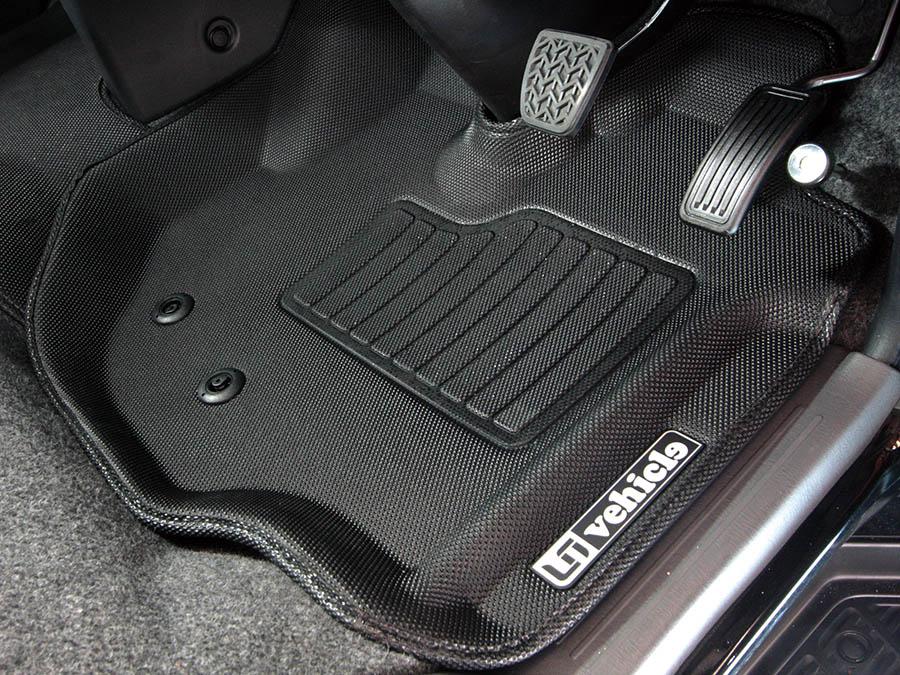 ユーアイビークル/UIvehicle ハイエース/HIACE コンプリートカー:ワゴン GL RX パッケージ 3Dラバーマット