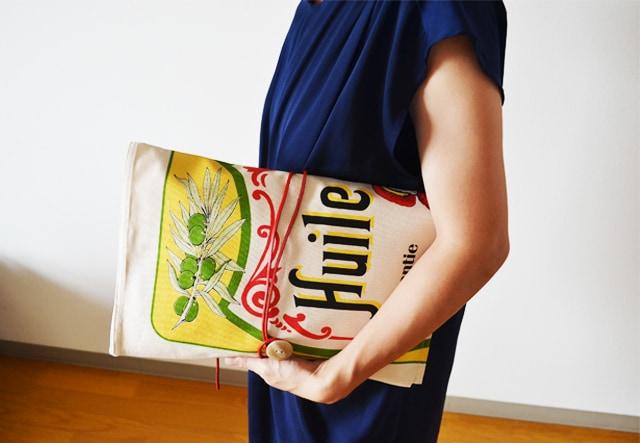 ティータオルの使い方は色々。クラッチバッグなどのハンドメイド生地の材料に。横浜山手の実店舗や通販で購入できます