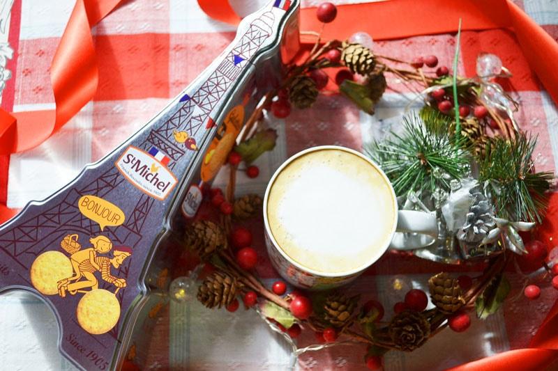 星の王子様マグカップとエッフェル塔缶入りガレットのギフトセット。横浜山手フランス雑貨ラメゾンドレイル公式通販