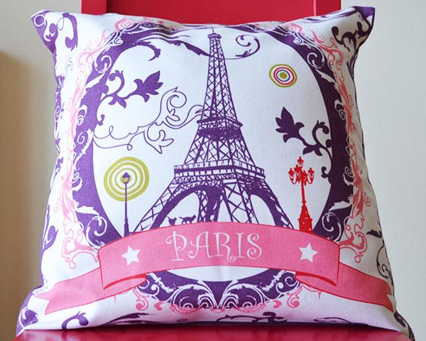 エッフェル塔のクッションカバー。かわいいフランスのお土産。横浜山手フランス雑貨ラメゾンドレイル公式通販