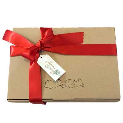 フランス好きの方へのプレゼントに。パリのお土産のギフトボックス。