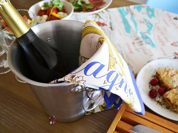 シャンパン・シャンパーニュをモチーフにしたティータオルの通販。横浜山手フランス雑貨ラメゾンドレイル公式通販