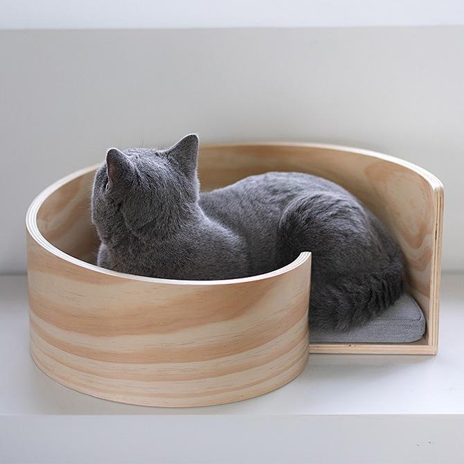 Spiral Cat Bed 木製のスパイラル型猫用ベッド
