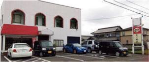 ウモガ ブログ ラーメン 銀のだるま 駐車場 外観