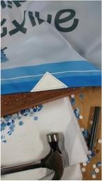 ウモガ ブログ 三角レザー 縫いつける