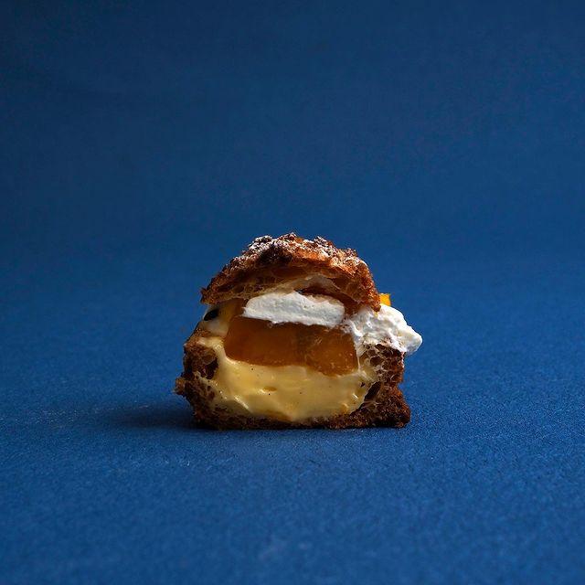 珠洲の塩シュークリーム マンゴー