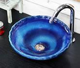 藍の色 手洗い鉢