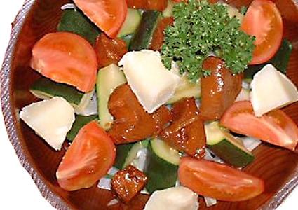 吟撰かつお佃煮のサラダ