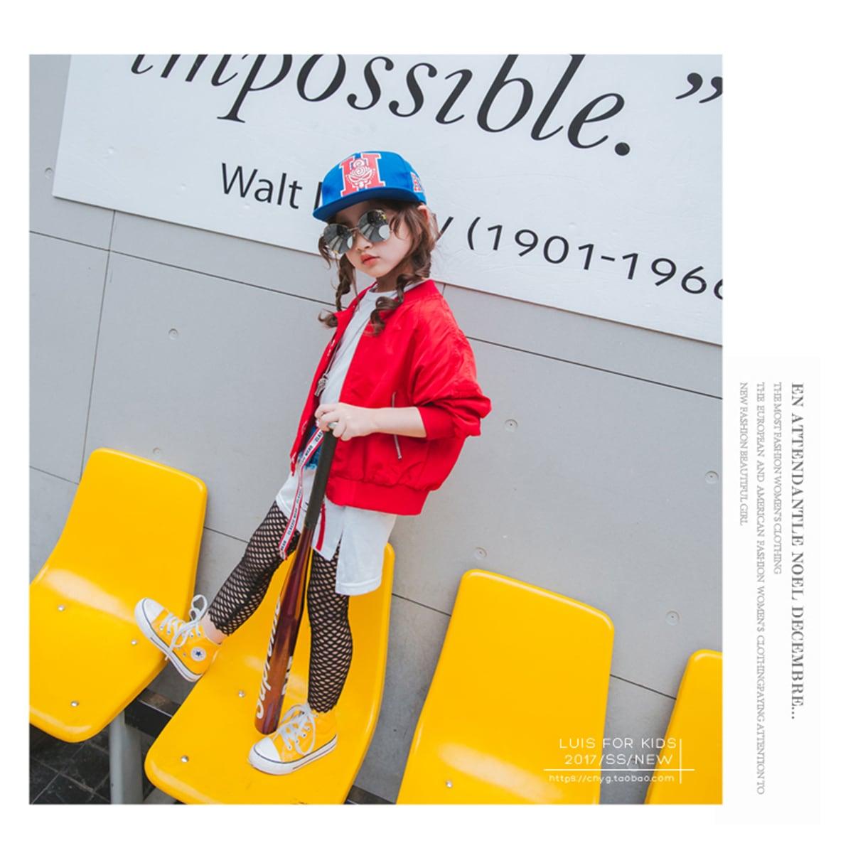 レッド/赤 女の子着用イメージ