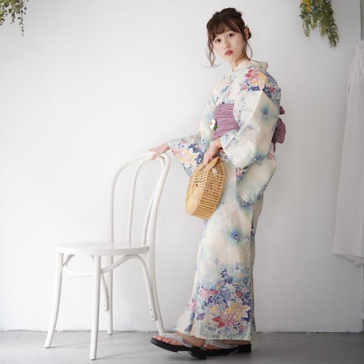品番 5000150400 / ニコアンティーク 浴衣単品(F)華やか 可愛い系 百合 ベージュ系(画像)