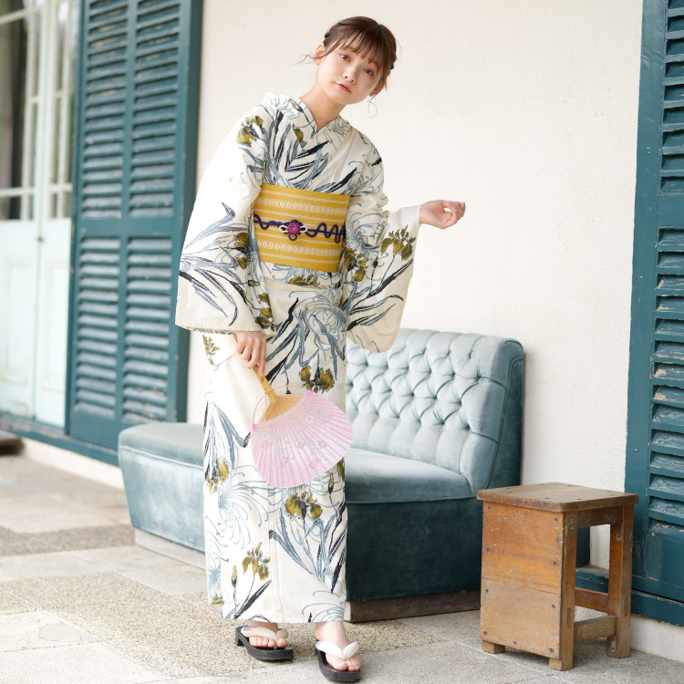 品番 5000153200 / utatane 浴衣単品(F)しっとり大人系 菖蒲と糸菊 きなり系(画像)