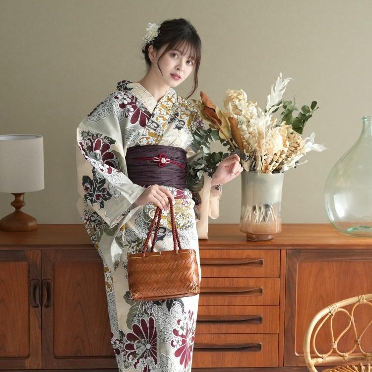 品番 5013045911 / 浴衣3点セット utatane 古典柄 レトロ アンティーク 系 菊 ピンクベージュ 系(画像)