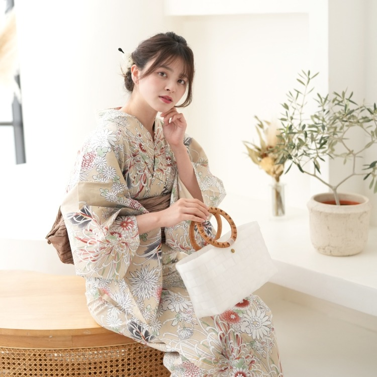 品番 5013153811 / 浴衣3点セット utatane 古典柄 レトロ アンティーク 系 糸菊 ベージュ 系(画像)