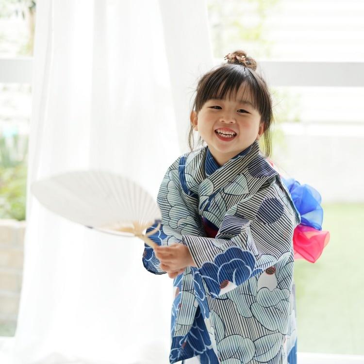 子供浴衣 4点セット   (浴衣/帯2本/下駄)(メイン画像)