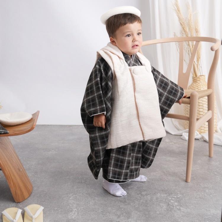 品番 6716600200 / utatane 男児(3歳)七五三 着物 被布セット レトロモダン 系 チェック 黒系(画像)