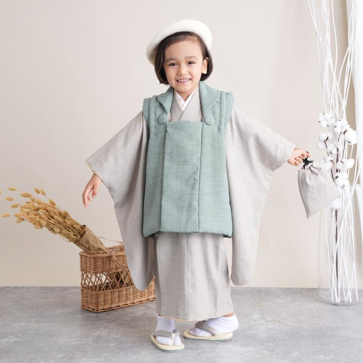品番 6716601600 / utatane 男児(3歳)七五三 着物 被布セット 古典柄 レトロ アンティーク系 グレンチェック 茶系(画像)