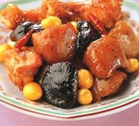 こんにゃくと鶏手羽元の中華うま煮